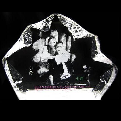 雷射雕刻壓克力-仿水晶雕